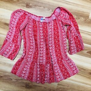 Small Alya red top.